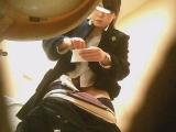 トイレ_素人_潜入!!女子化粧室盗撮~絶対見られたくない時間~vol84_盗撮_覗き_中村屋_08