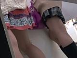 エロ動画_素人_現役ギャル盗撮師_hana様のプリクラ潜入!制服Pチラ!Vol.5_盗撮_覗き_中村屋_02