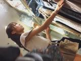 チラ_素人_vol.60_美人アパレル胸チラ&パンチラ_カリスマ店員の下着_盗撮_覗き_中村屋_09