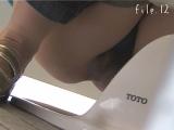 トイレ_teen_マ○コ丸見え!!第二体育館潜入撮File.12_盗撮_覗き_中村屋_12