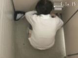 トイレ_teen_マ○コ丸見え!!第二体育館潜入撮File.14前半_盗撮_覗き_中村屋_11