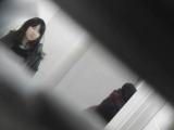 トイレ_素人_お銀さんの「洗面所突入レポート!!」_vol.65_美女を撮るためにみんなの前に割り込む!!前編_盗撮_覗き_中村屋_02