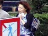 エロ動画_素人_ババーンと!巨乳ちゃんストリート!_熟女_前編_盗撮_覗き_中村屋_07